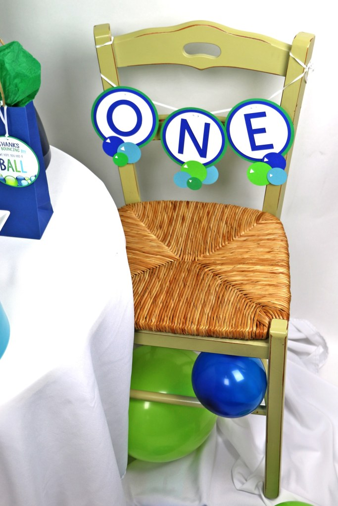 ball party decorations for first birthday