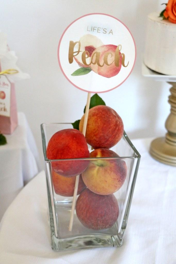 peach birthday centerpiece ideas