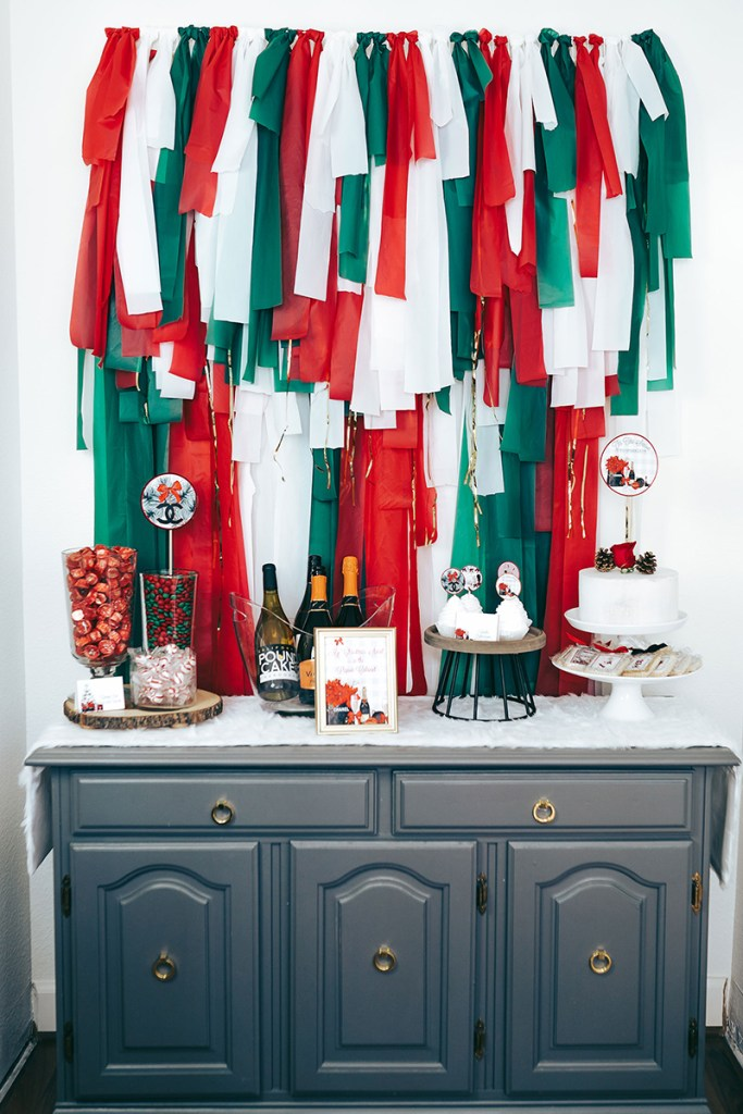 Favorite Things Party Backdrop: Christmas Backdrop Ideas
