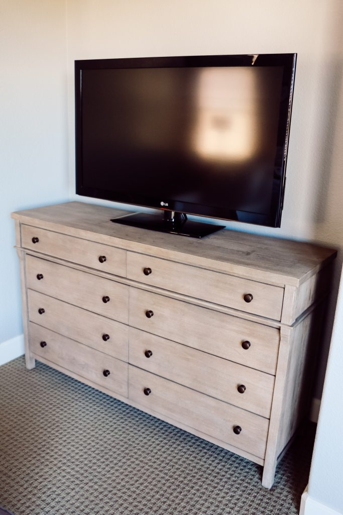 Havenly Review: Pottery Barn Dresser