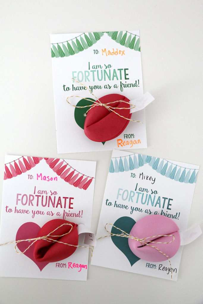Fortune Cookie Valentines: Dollar Store Valentine Ideas