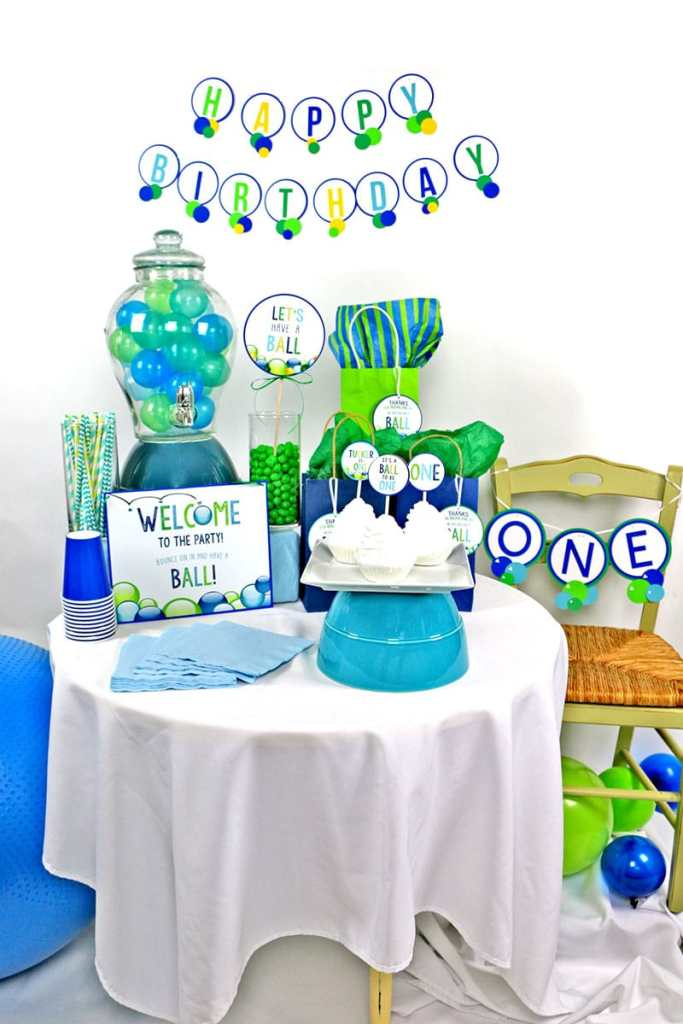Ball Birthday Party Decor