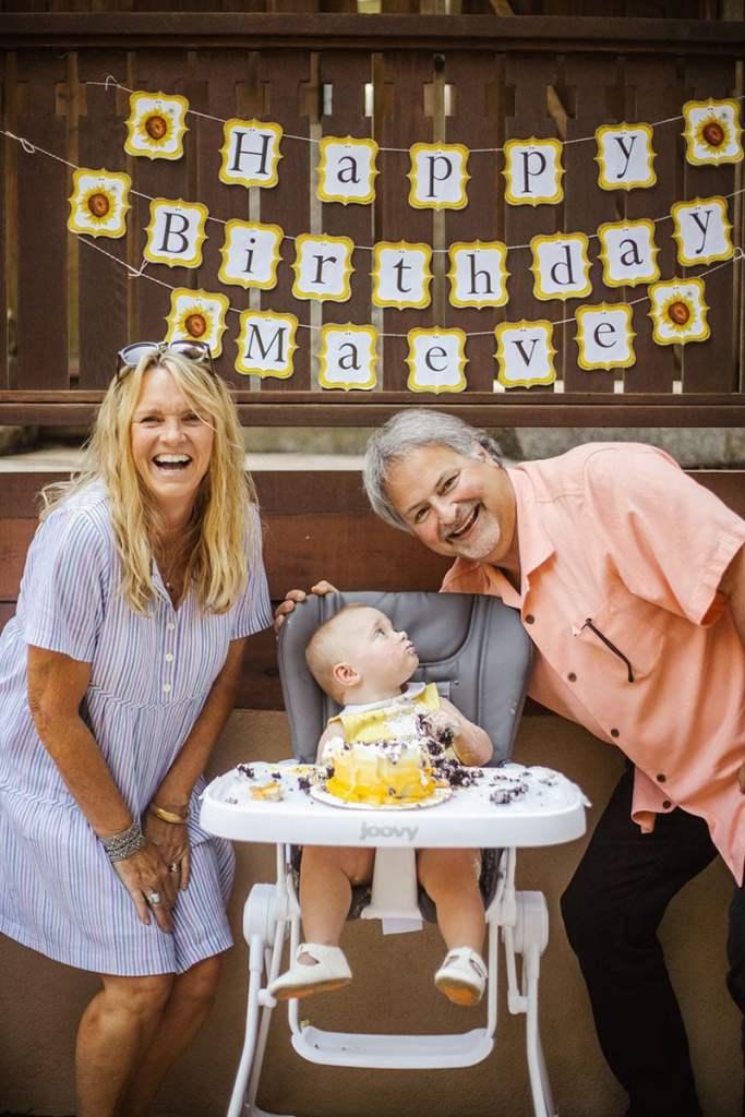 Sunflower Birthday PartySmash Cake