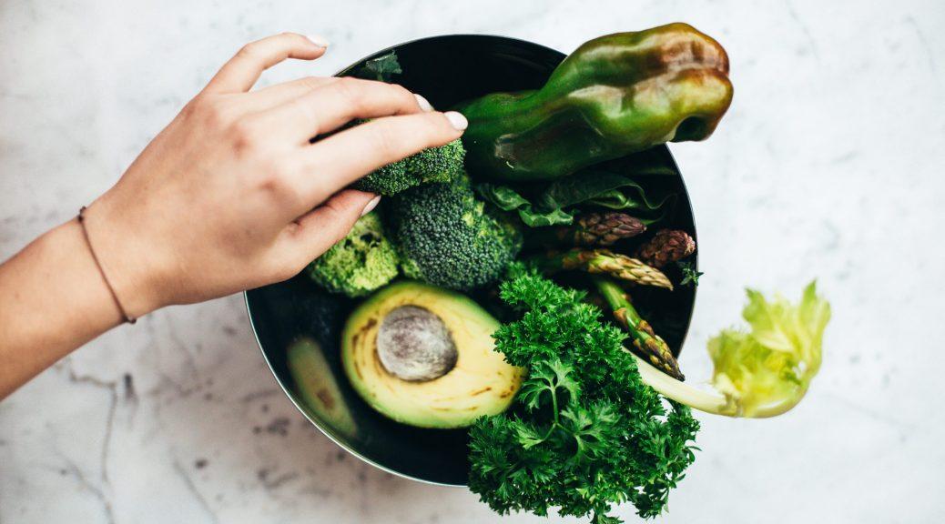 bol de légumes verts