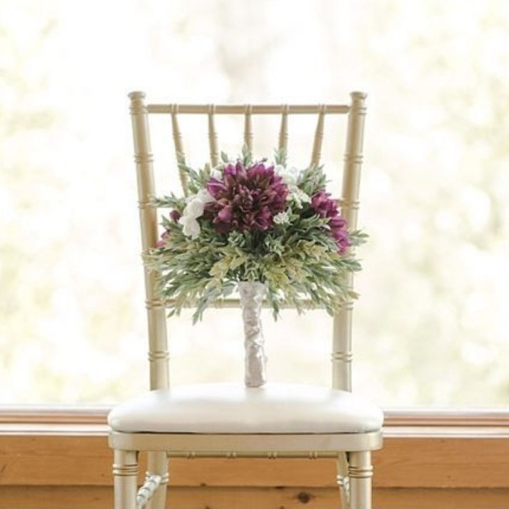 Gold Chiavari Chair Wedding Rental