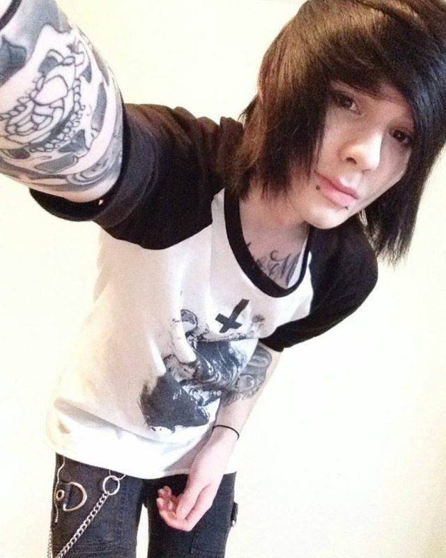 emo haircuts:15 best emo hairstyles for men and boys 2018