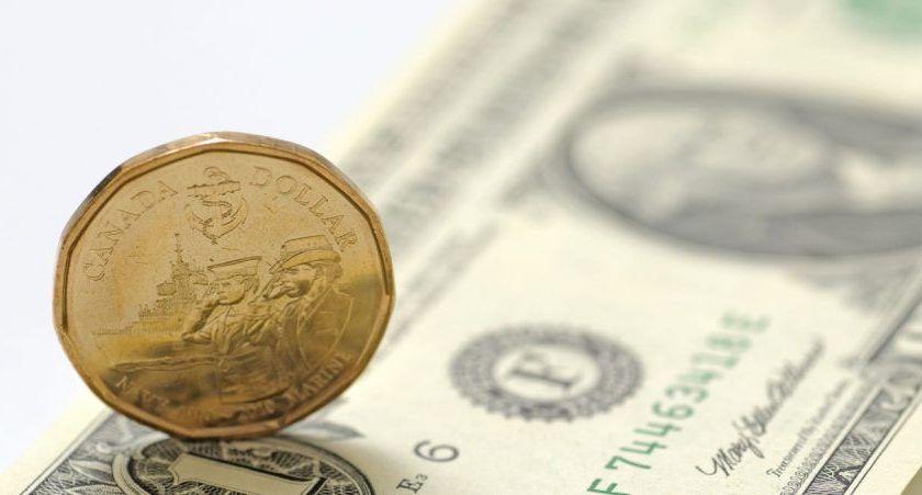 Canadian dollar bullish above 1.3200 amid weaker oil prices