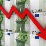 31/12/2014 EURUSD plunges to a low of 1.2123
