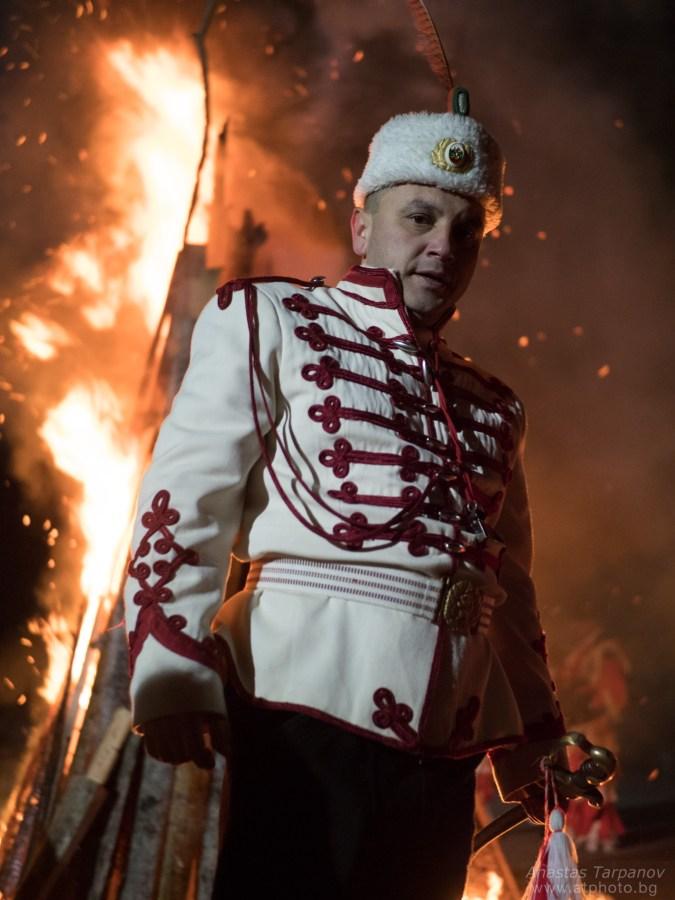 Portrait of a guardsman - Olympus M.ZUIKO 25mm f/1.2 PRO @ f/1.2, 1/60 ISO 2000