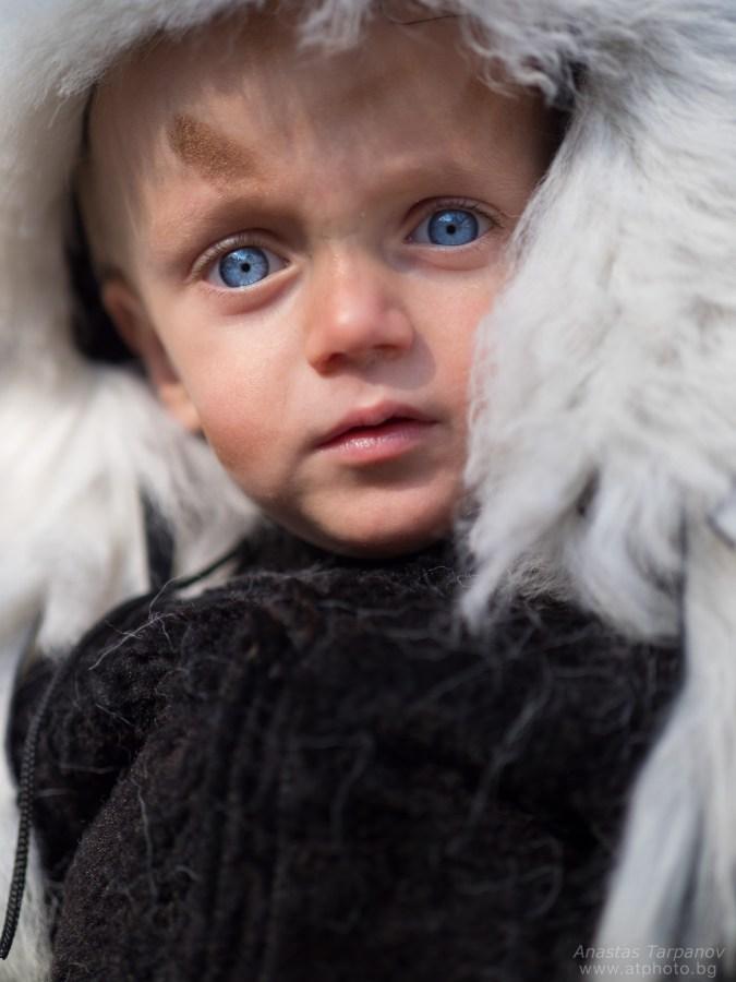 Boy with cristal clear blue eyes - Olympus M.ZUIKO 45mm f/1.2 PRO @ f/1.2, 1/5000 ISO 200.