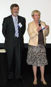 c2006aaevp-tom_and_lisa_presenting_web