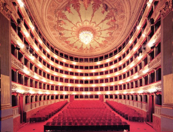 31 January 1732: Teatro Argentina in Rome | A Travel in Time