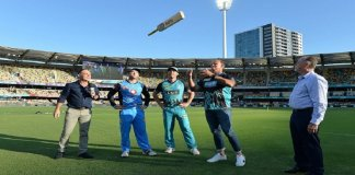 Bat Flip replaces Coin toss in Big Bash League