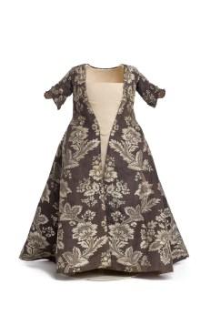 vestido-infantil-a-la-francesa-siglo-xviii