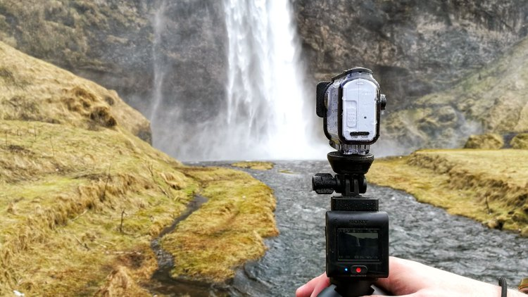 Filming a car: The Sony FDR X3000R is one of the best action cameras available