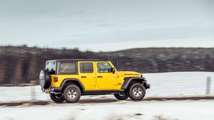Jeep Wrangler 2019 review: Side view of the four-door