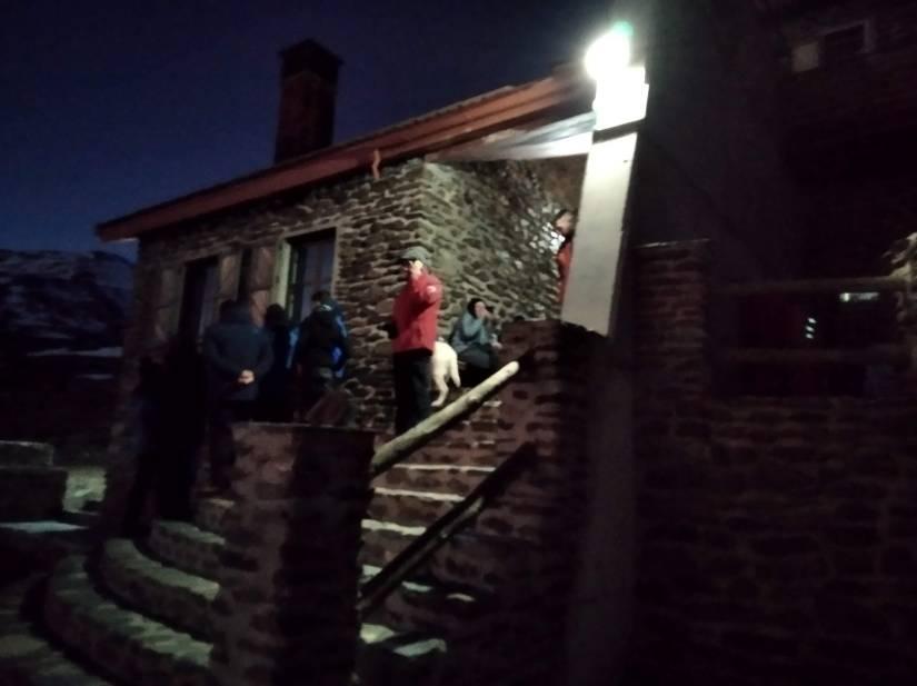 Refugio Poqueira de noche
