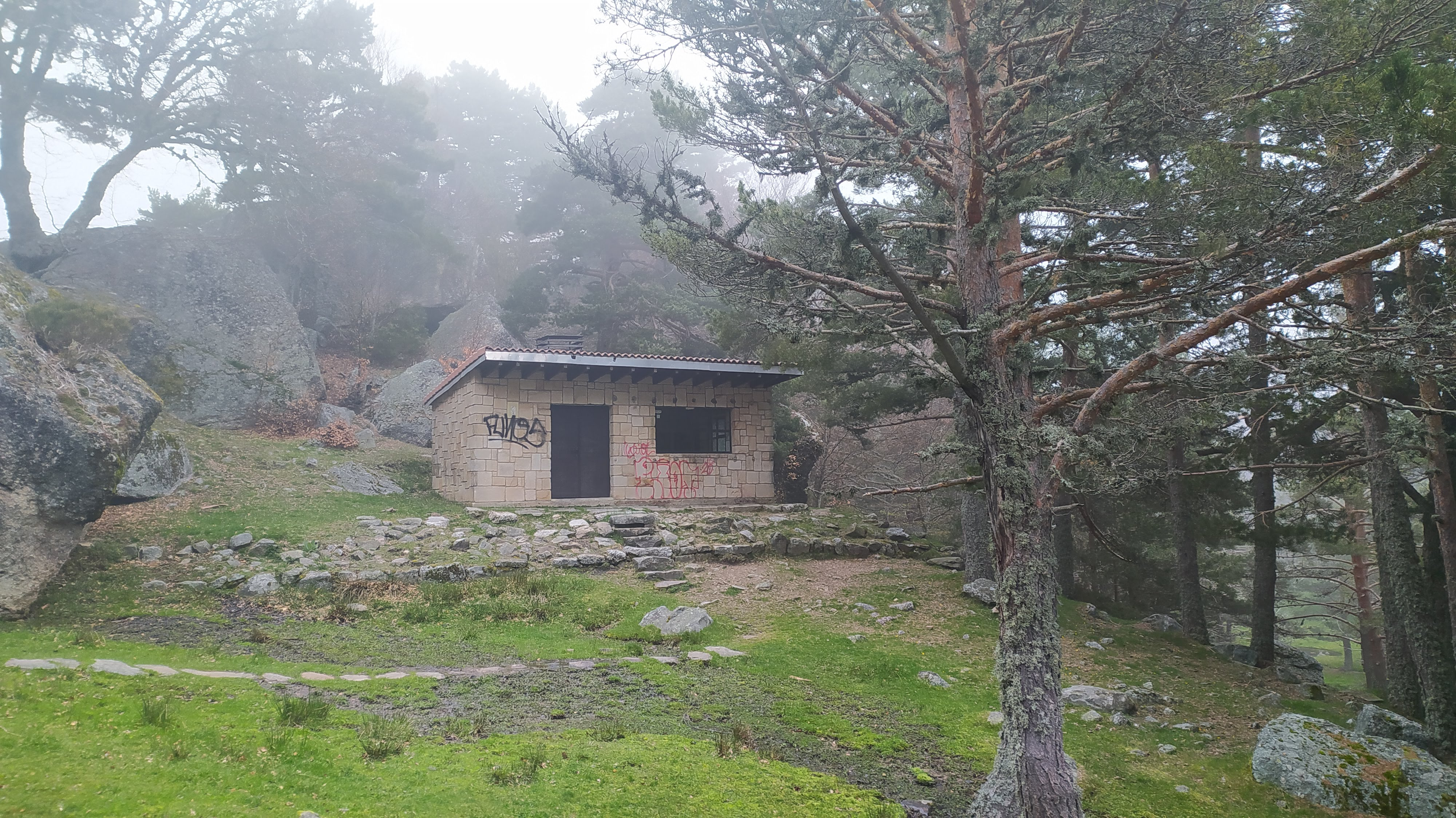 Refugio libre Laguna Negra