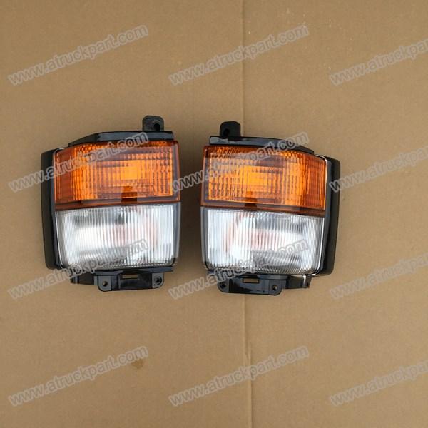 Corner Lamp For NISSAN CW520 CK520 CK450 CW530 CD450 CW530 CK530
