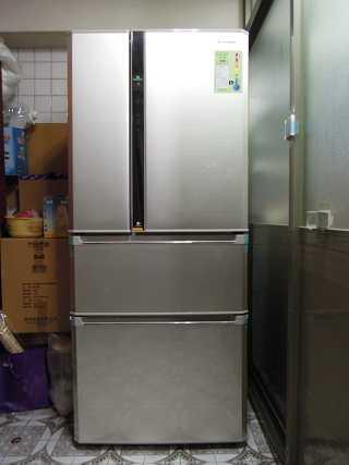Panasonic ECONAVI+nanoe雙科技( NR-D618NHV 四門 )冰箱~使用開箱文《我家省電‧更懂的保鮮的電冰箱》 - Mobile01