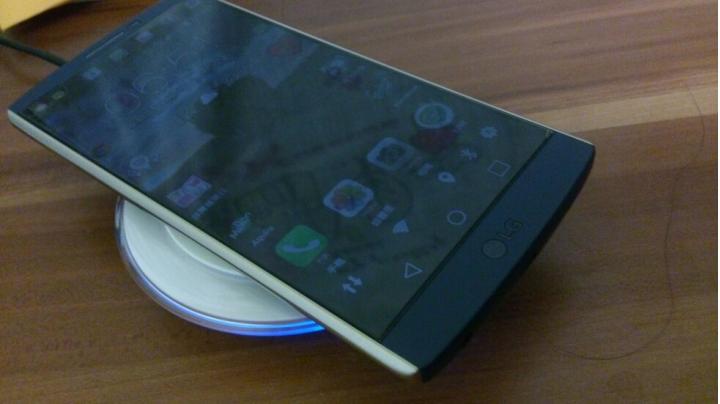 Lg v10 無線充電來囉 - Mobile01