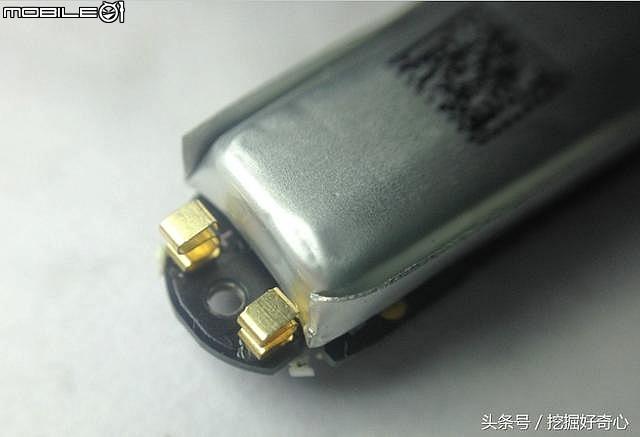 請問大家的小米手環2會很難充電嗎? 手環3會改善這方面的問題嗎? (第2頁) - Mobile01