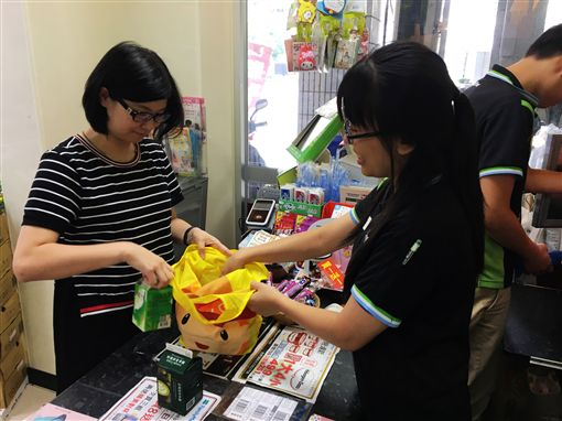 不再免費提供塑膠袋!明年擴大限塑 購物記得自備購物袋 | 生活 | 三立新聞網 SETN.COM