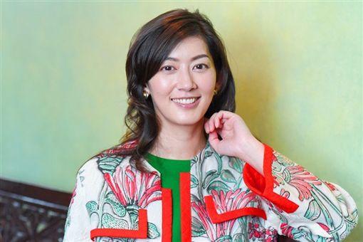 一吻轟動日本!初代「湘琴」41歲了 佐藤藍子甜笑曝近況 | 娛樂星聞 | 三立新聞網 SETN.COM