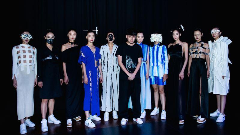 詹樸倫敦線上時裝秀 營造鏡像中虛擬與真實 | 國際 | 三立新聞網 SETN.COM