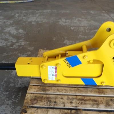 BTI TB325X Hydraulic Hammer