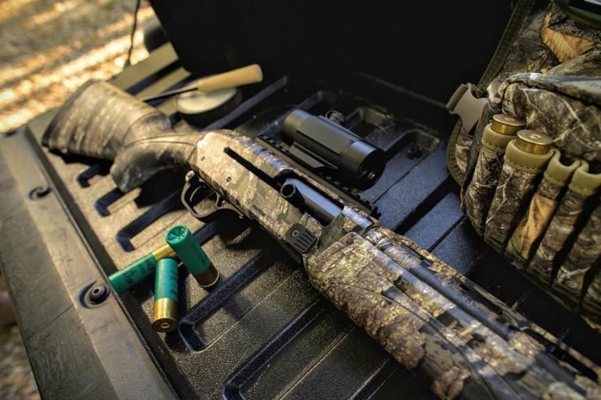 remington arms v3 turkey pro shotgun 12 guage shotgun for turkey hunting turkey season shoot  1.jpg