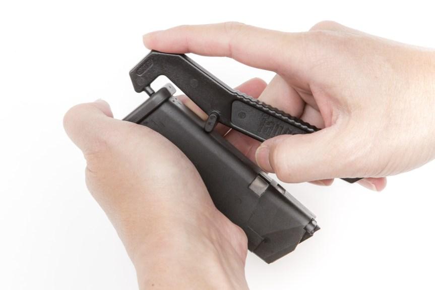 tangodown glock magazine floorplate removal tool how to remove glock basepad  5.jpg