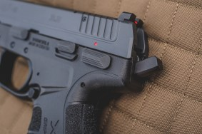 langdon tactical edition springfield armory xd-e double action single action pistol concealed carry 9mm slimmest carry gun