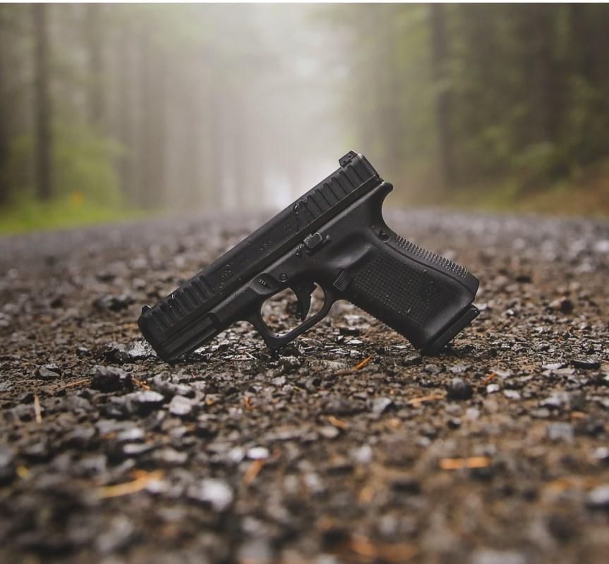 glock g44 22lr pistol 22lr glock 19  10.jpg