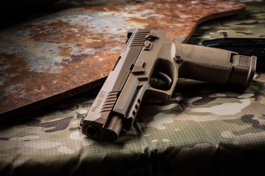 sig sauer m17 9mm pistol military surplus sig sauer m17 pistol 3.jpg