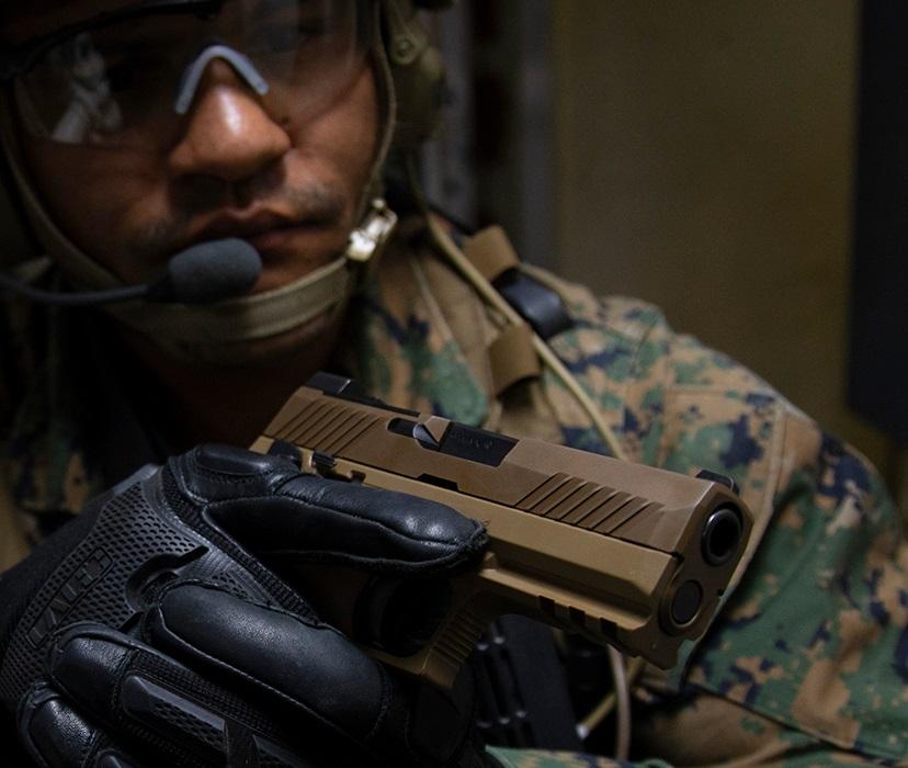 sig sauer m18 P320-m18 9mm military pistol 5.jpg