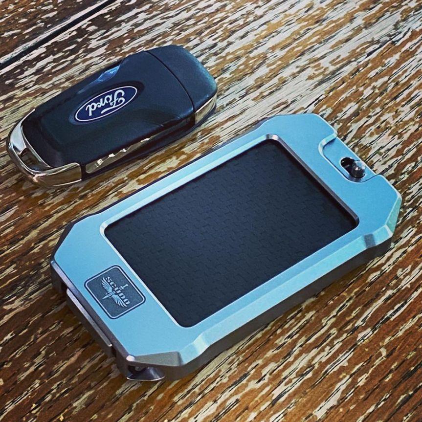 scudo carbon 810 ultralight wallet edc wallet aluminum wallet billet edc card carrier 1
