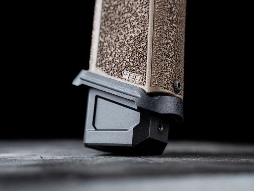 strike industries polymer 80 magwells glock magwell 80 percent lower PF940C PF940v2 a
