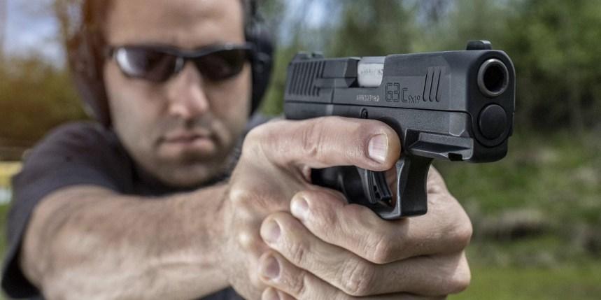 taurus g3c compact 9mm pistol slim compact pistol