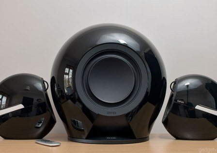 design-edifier-e235-luna-e-speakers-black