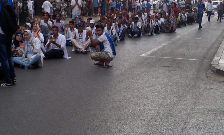 صورة الأطر التربوية: حصار مطبق وكفاح على رؤوس الاشهاد