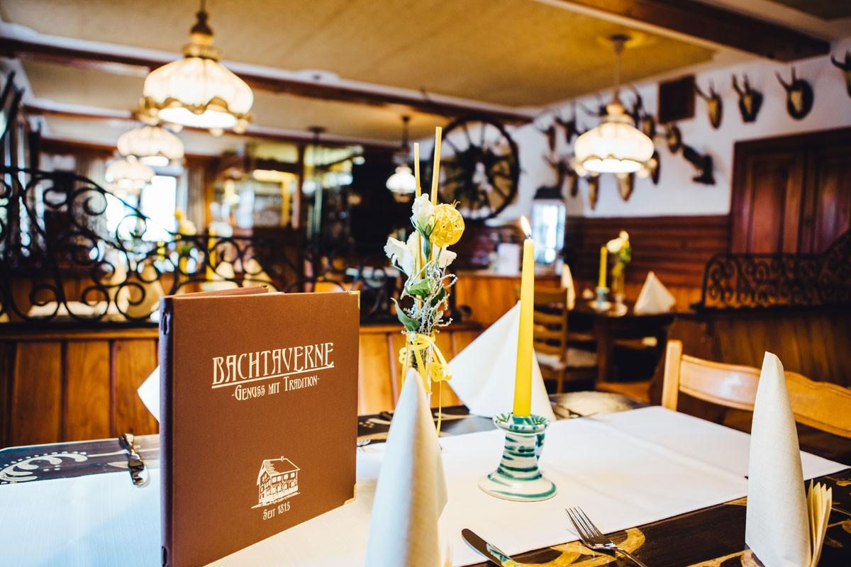 Restaurant-Pension-Bachtaverne-am-Attersee: Die traditionelle Gaststube