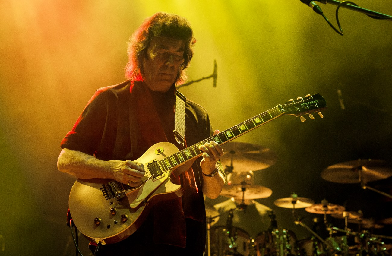 steve hackett bridgewater hall manchester 26.11.19 by mike ainscoe 27