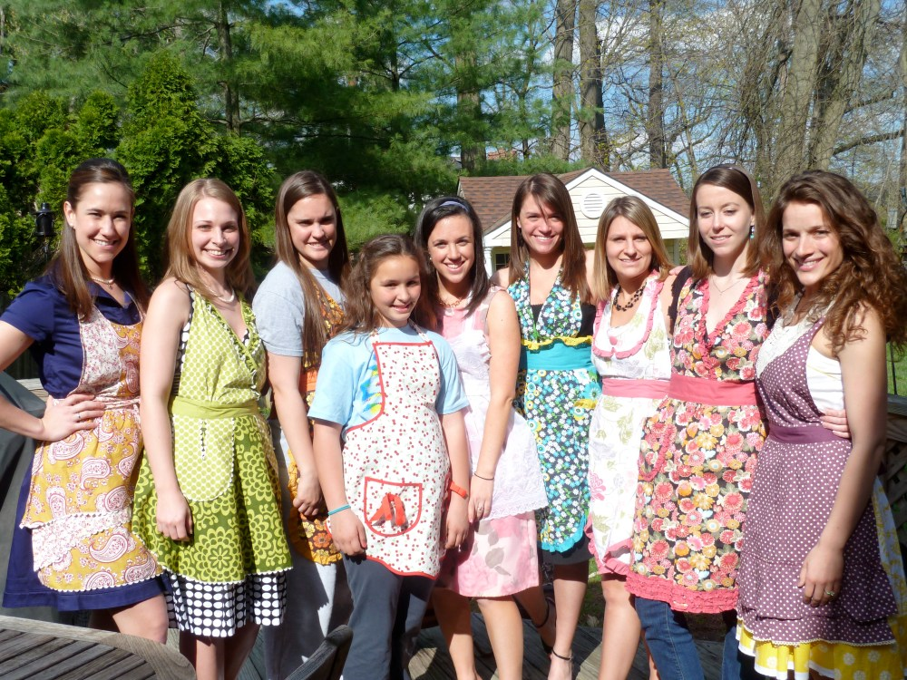 Jackie's Bridal Shower: 1950s Housewife Theme (3/6)