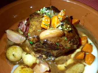 Stracotto (Sangiovese braised beef short ribs, roasted root vegetables, horseradish gremolata)