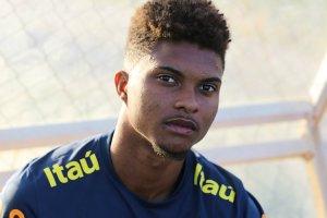 Zagueiro do Vitória é convocado pela Seleção brasileira