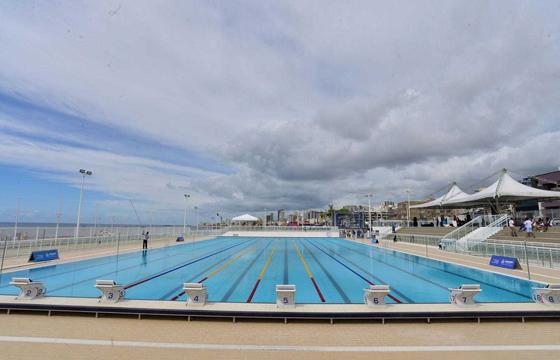 Arena Aquática Salvador abriu vagas para aula de natação gratuita