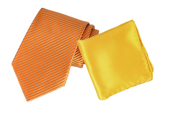 A tie and a pocket square matched according to the analog colors scheme