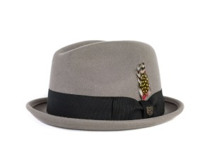 Fedoras are felt hats that are normally creased down the crown lengthwise  and pinched on both sides near the front. However 2e9a3ed32e11