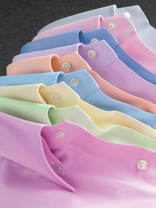 ↓ What to Wear with Pastel Colored Pants. People belonging to Indian and African descent, when trying pastel tones, are often advised to go for colors like lavender, bronze and brown sugar with different variations of maroon or navy.